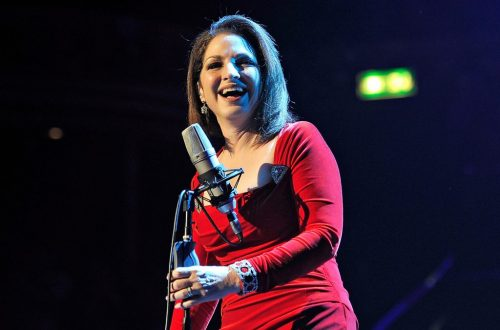 Gloria Estefan Says Immigration Debate Has Fueled Reaction to Musical 'On Your Feet'