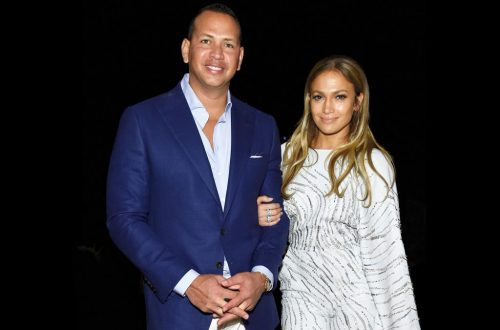 Jennifer Lopez & Alex Rodriguez's Daughters Sing an Adorable Ukulele Duet Together: Watch