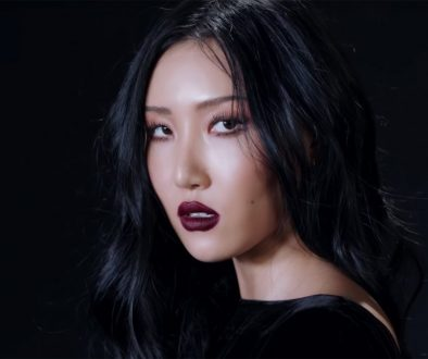 Mamamoo's Hwasa Artistically Calls Out A 'Twit' In New Music Video