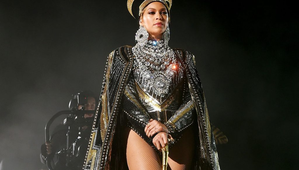 Beyonce's 'Before I Let Go' Becomes Her 30th Top 10 on R&B/Hip-Hop Airplay Chart