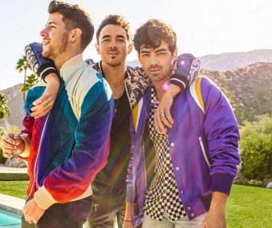 Jonas Brothers Celebrate the 'Truly Insane' Billboard 200 No