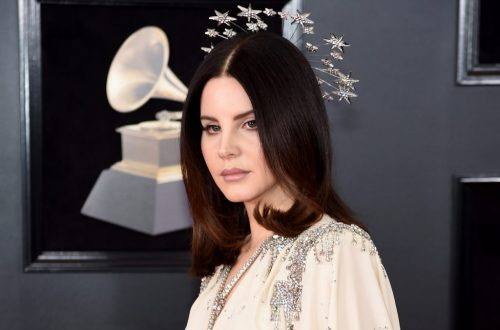 Lana Del Rey Teases 'Looking For America' Song, Inspired by Recent Mass Shootings