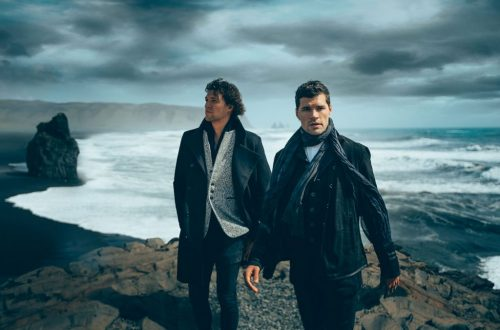 For King & Country's 'Little Drummer Boy' Drums Up Big Sales & Streams After Buzzy 'CMA Country Christmas' Performance
