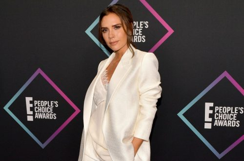 Watch Victoria Beckham Try to Teach the Spice Girls' 'Spice Up Your Life' Choreo to Son Romeo