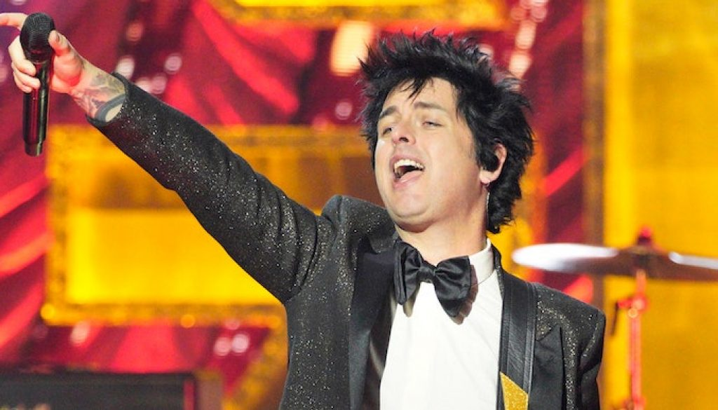 """Listen to Green Day Cover Blondie's """"Dreaming"""""""