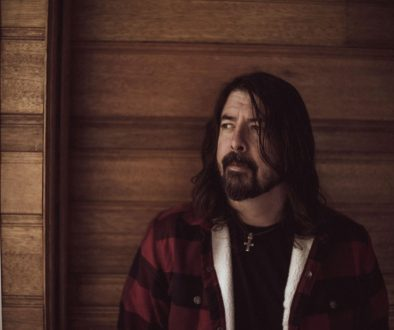 Dave Grohl Reflects on Nirvana Days & Foo Fighters' Debut Album on Its 25th Anniversary