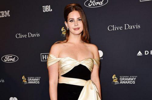 Lana Del Rey's 'Violet' Poetry Audiobook Has Arrived