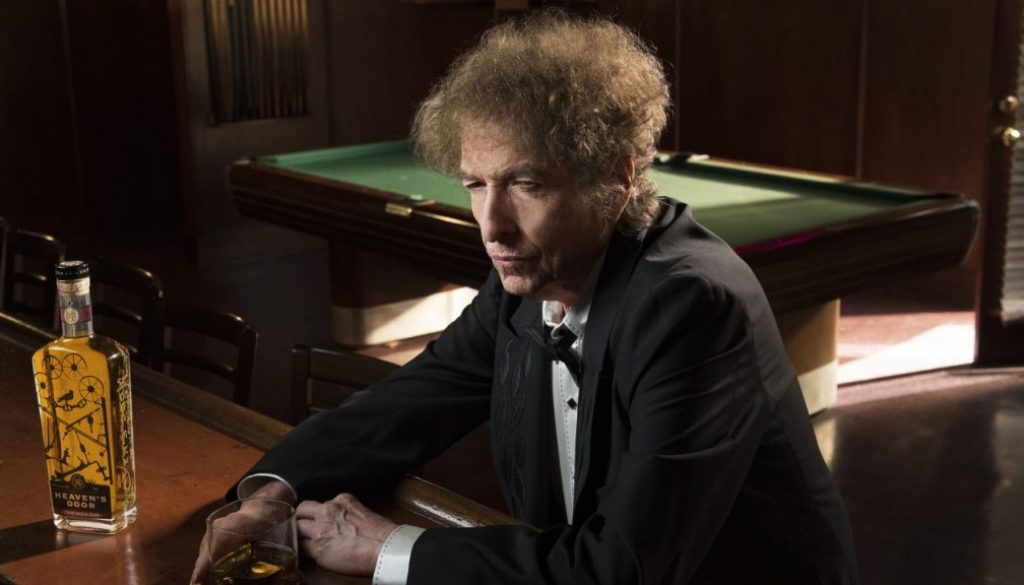 """Bob Dylan Is Bringing Back His """"Theme Time"""" Radio Show"""