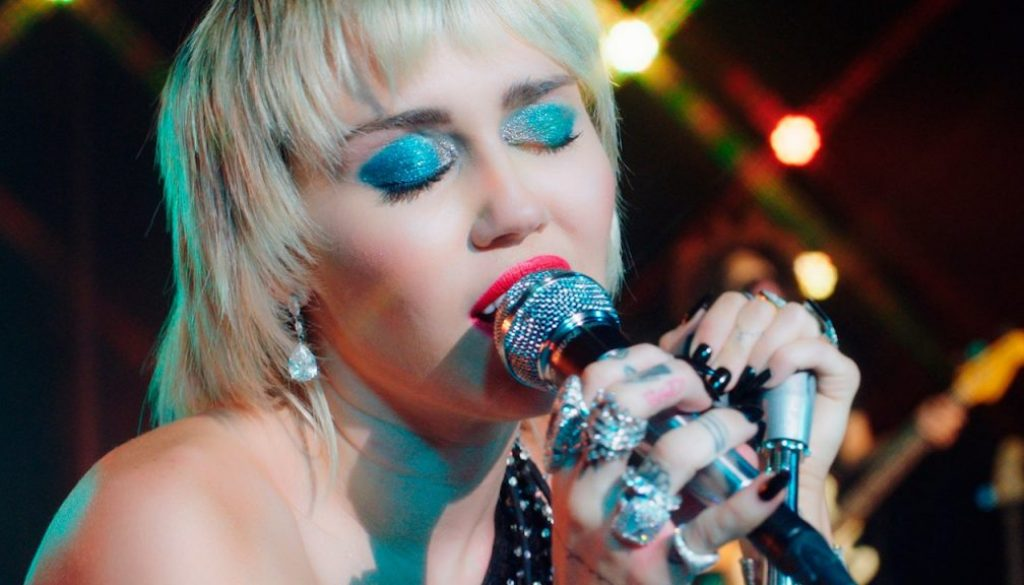 "Watch Miley Cyrus Cover the Cranberries' ""Zombie"""