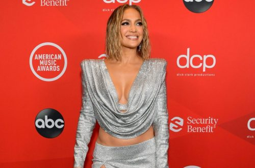 Jennifer Lopez Reveals Her 'Cure-All' Skincare Ingredient Ahead of Beauty Line Launch
