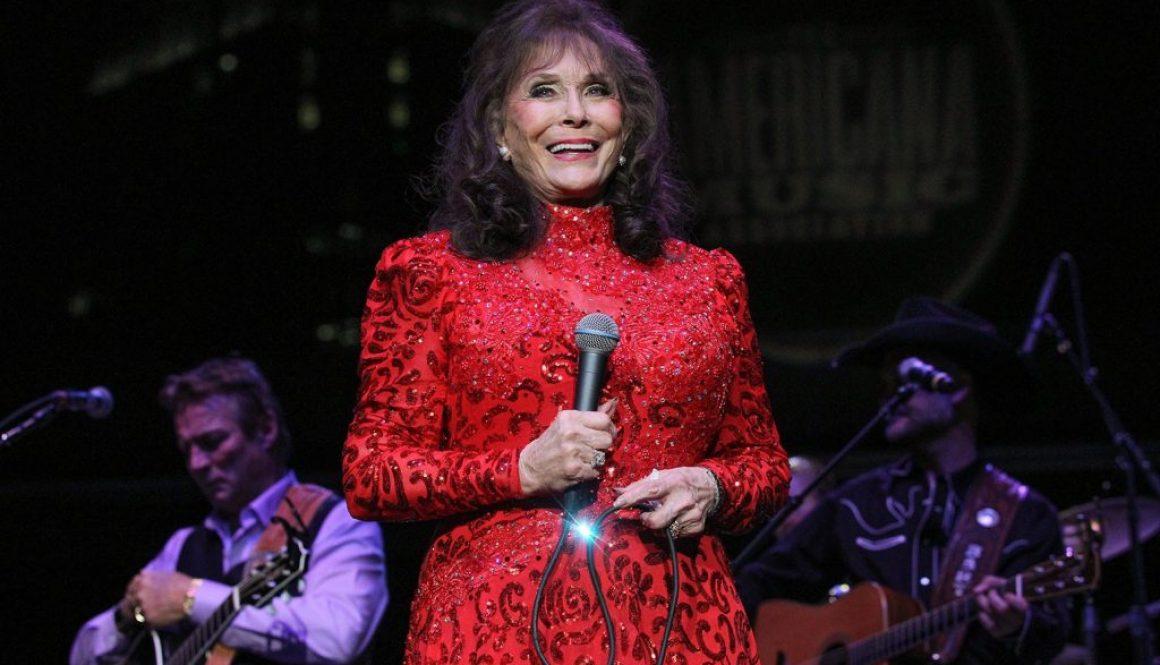 Loretta Lynn Announces New Album 'Still Woman Enough' Featuring Top Female Country Stars