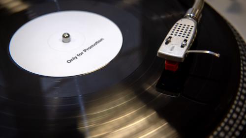 Vinyl Record Sales Increased Almost 30% in 2020, RIAA Says
