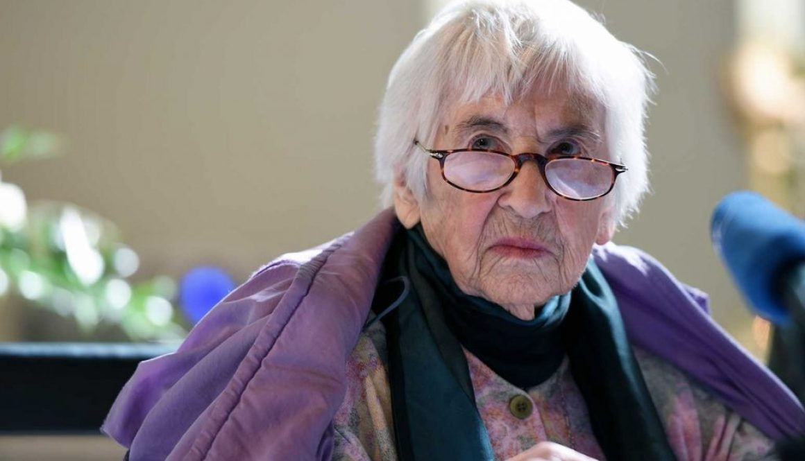 Esther Bejarano, Auschwitz Survivor Who Fought Racism With Music, Dies at 96