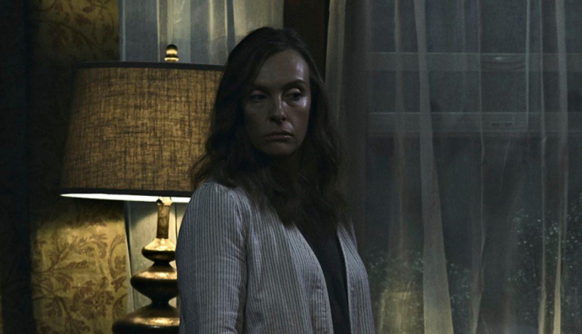 Movie Theater Plays Horror Film 'Hereditary' Trailer Before 'Peter Rabbit'