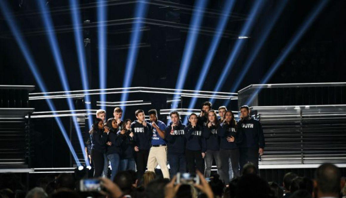 Shawn Mendes, Khalid Joined by Parkland School Choir in Gun Control Statement at Billboard Awards (Watch)