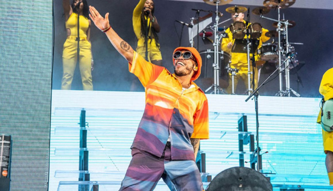 Chance the Rapper Appears at Childish Gambino's Weekend Two Coachella Set