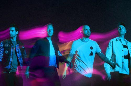 Coldplay Blasting to U.K