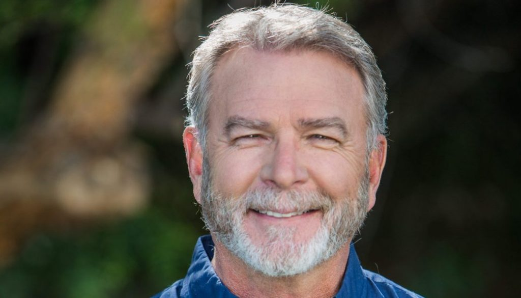 Bill Engvall to Host 'Blue Collar Auction' Series for Circle TV