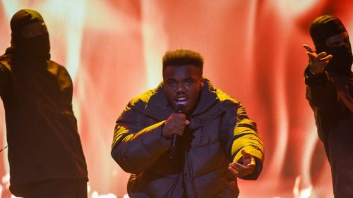"""Watch Baby Keem Perform """"Family Ties"""" on BET Hip Hop Awards 2021"""